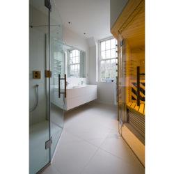 Cholmeley Park, N6 bathroom