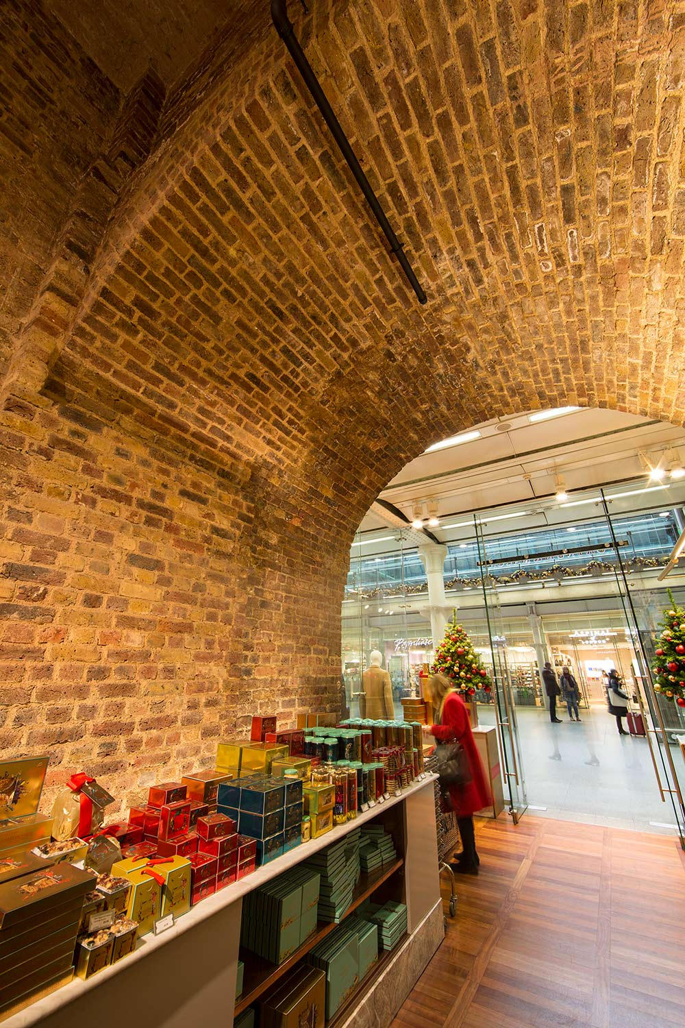 St Pancras, London, NW1 internal brick archway